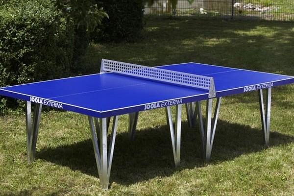 Les loisirs au domaine domaine des graviers for Table exterieur de ping pong